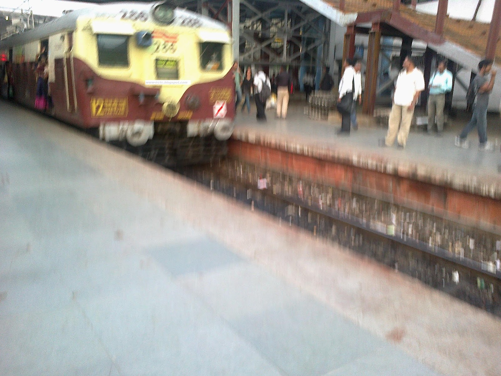 08-08-2014 :: Special Night Block by Western Railway