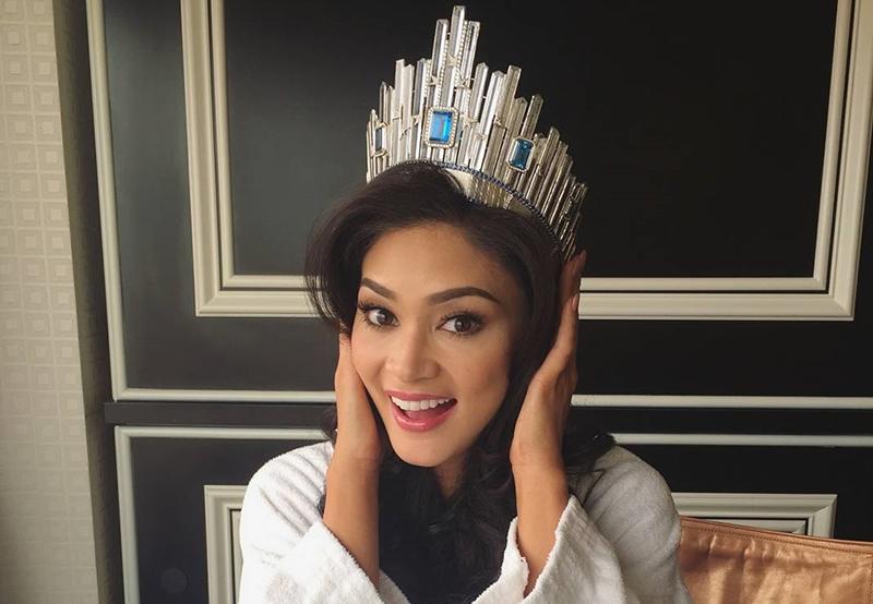 Miss-Universe-2015-Pia-Alonzo-Wurtzbach-with-Crown