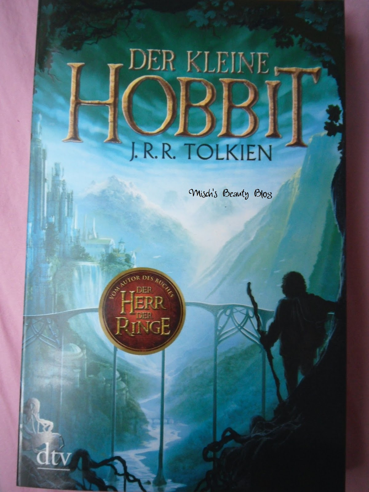 book summary the hobbit The hobbit has 159,206 ratings and 992 after reading this i might actually read the real hobbit novel this book completed the graphic novel square on my bingo.