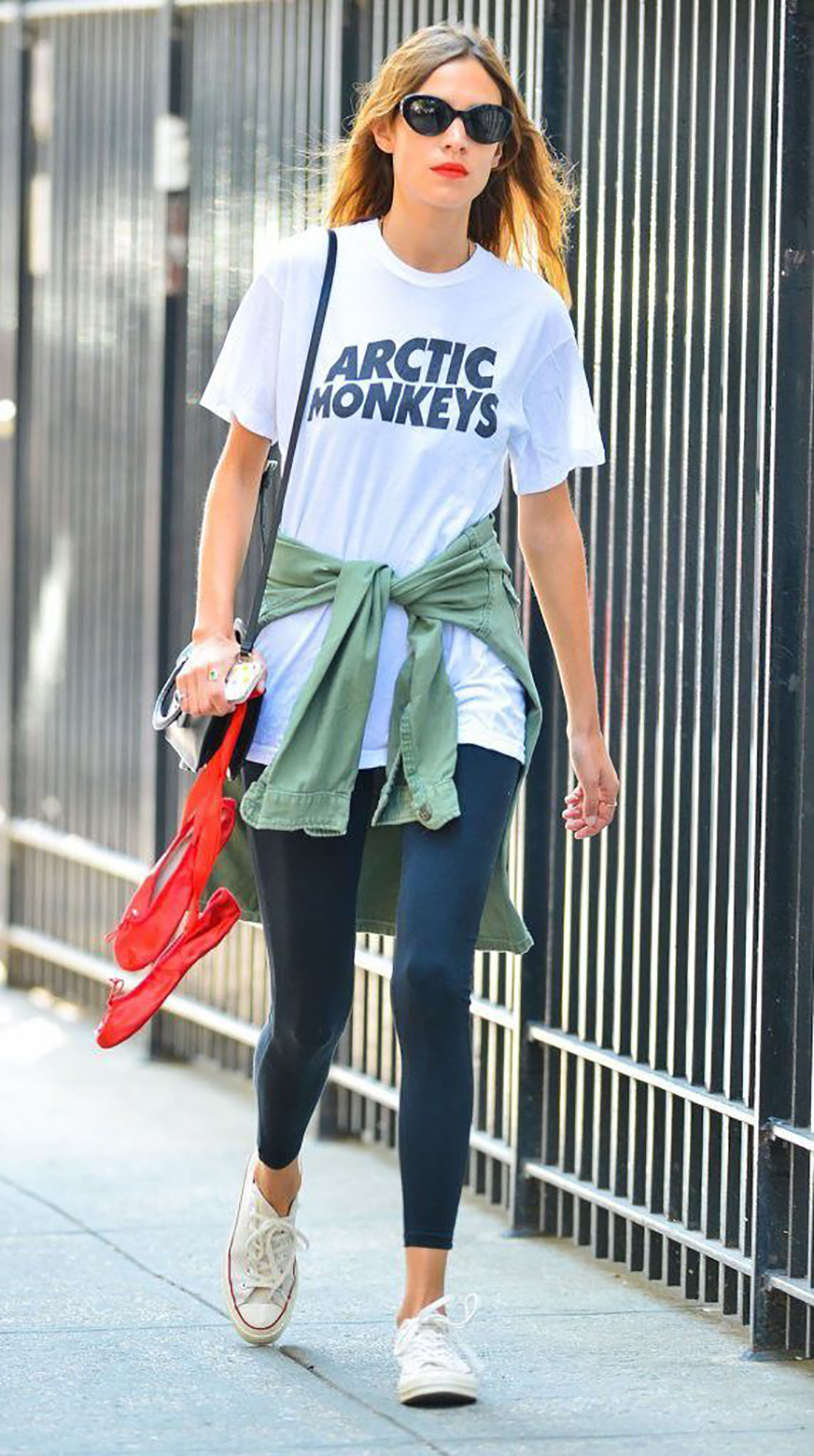 how-to-wear-white-converse-streetstyle-alexa-chunge