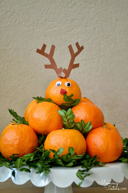 Mommy Testers, Halos oranges, Halos mandarins, Healthy reindeer treats, healthy holiday treats for kids, Reindeer treats, crafts with oranges, #HalosFun