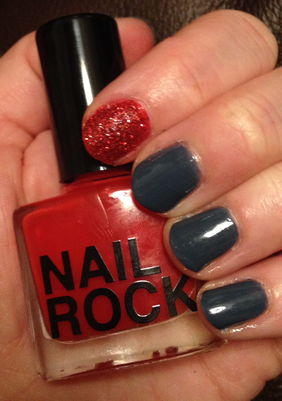 Nail Rock Glitter Dust Red Even Without The On Top This Is A Rich Stunning