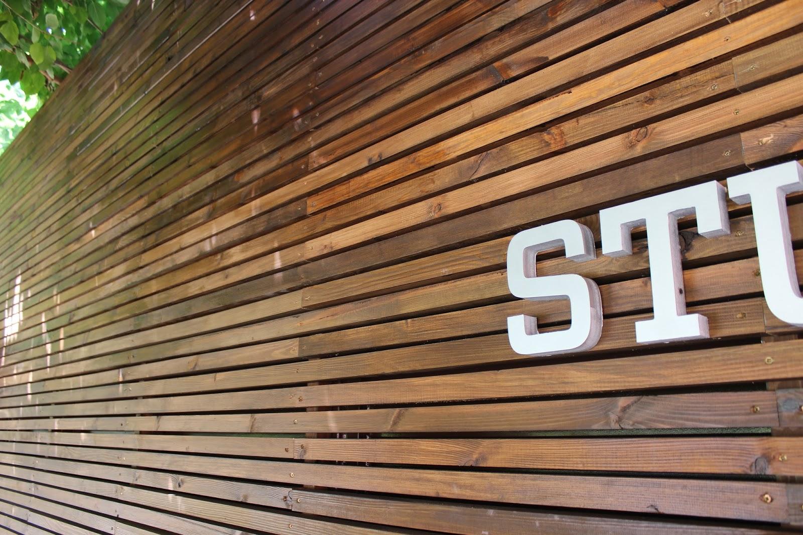 Listones de madera exterior trendy listones madera de - Listones de madera para exterior ...