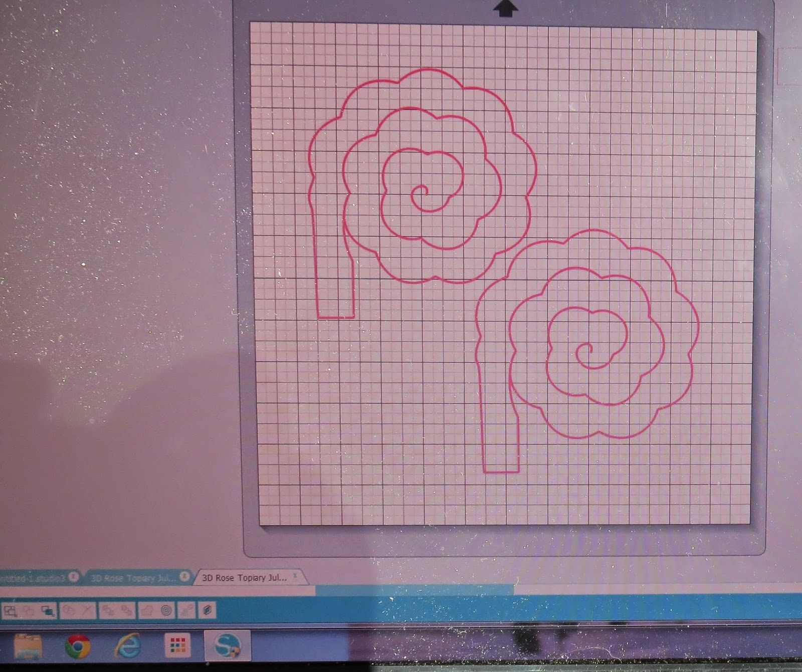 3D Rose Silhouette Cut out file, Wood Rose made of Paper.