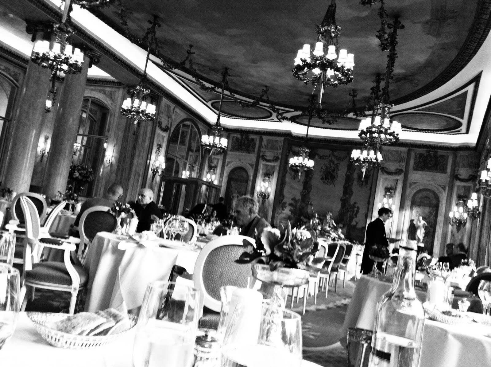 the+ritz+london+dinner+for+two+after+theatre+2.jpg