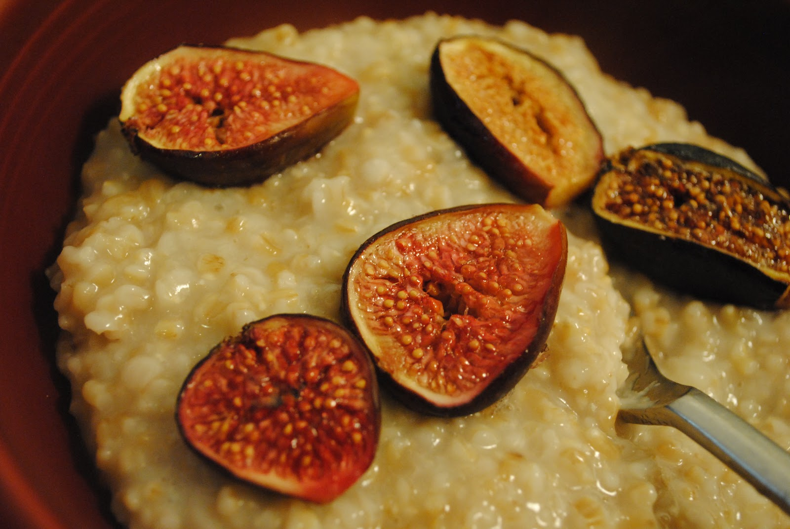 Culinary Adventures with Camilla: Irish Porridge with Roasted Figs