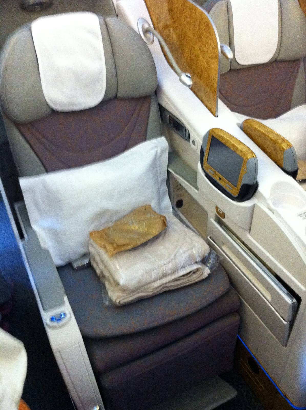 Emirates Airlines / Amex Centurion Business Class Upgrade