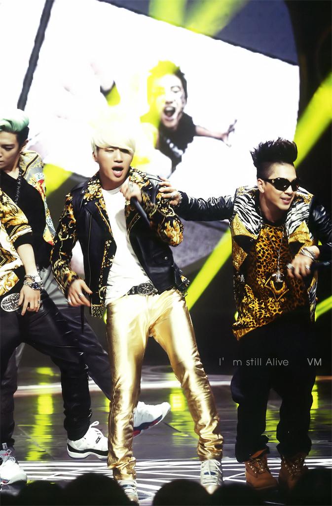 Big Bang 10Asia Star Magazine Scans