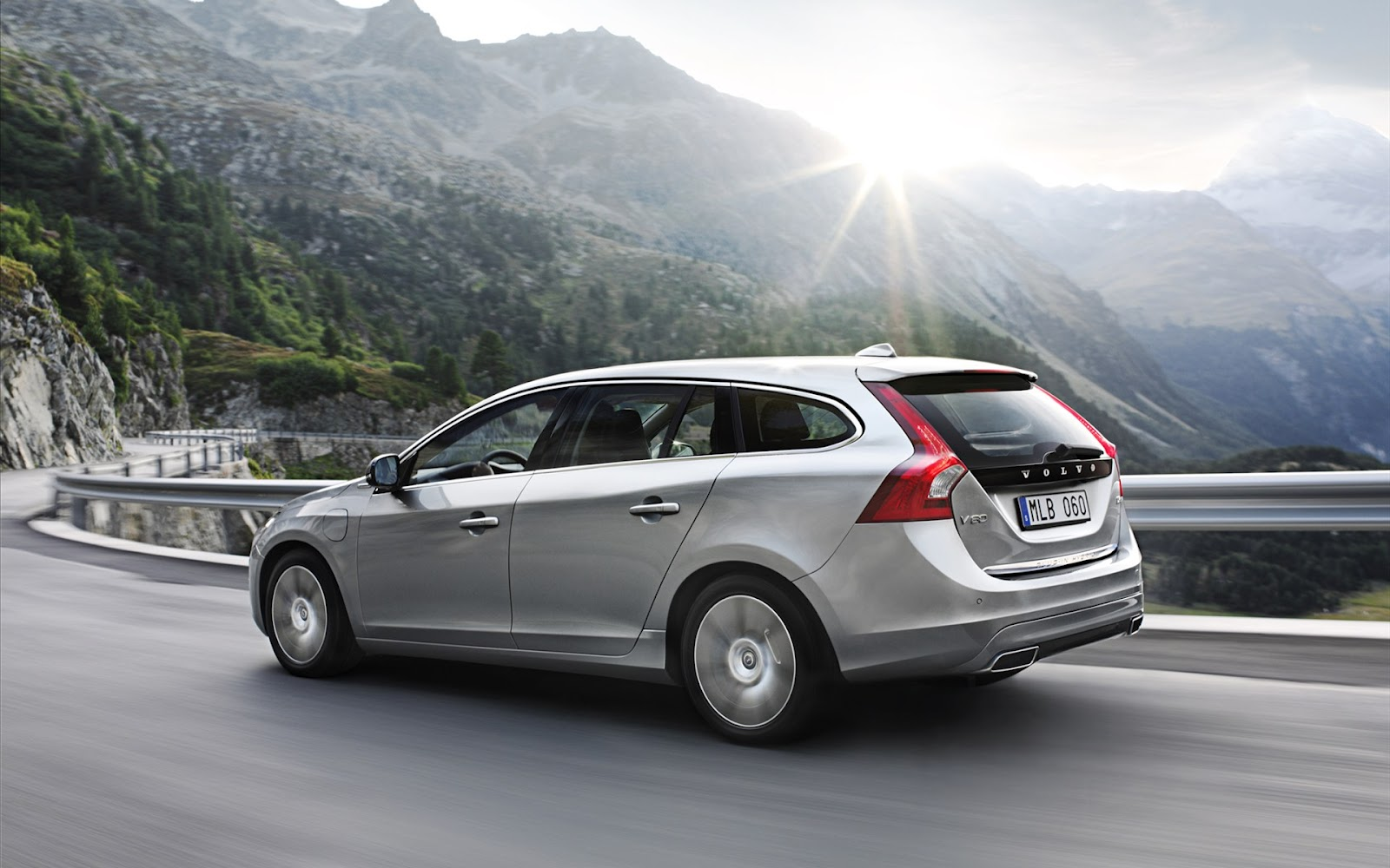 Sport Cars Volvo V60 Plug In Hybrid Hd Wallpapers 2013