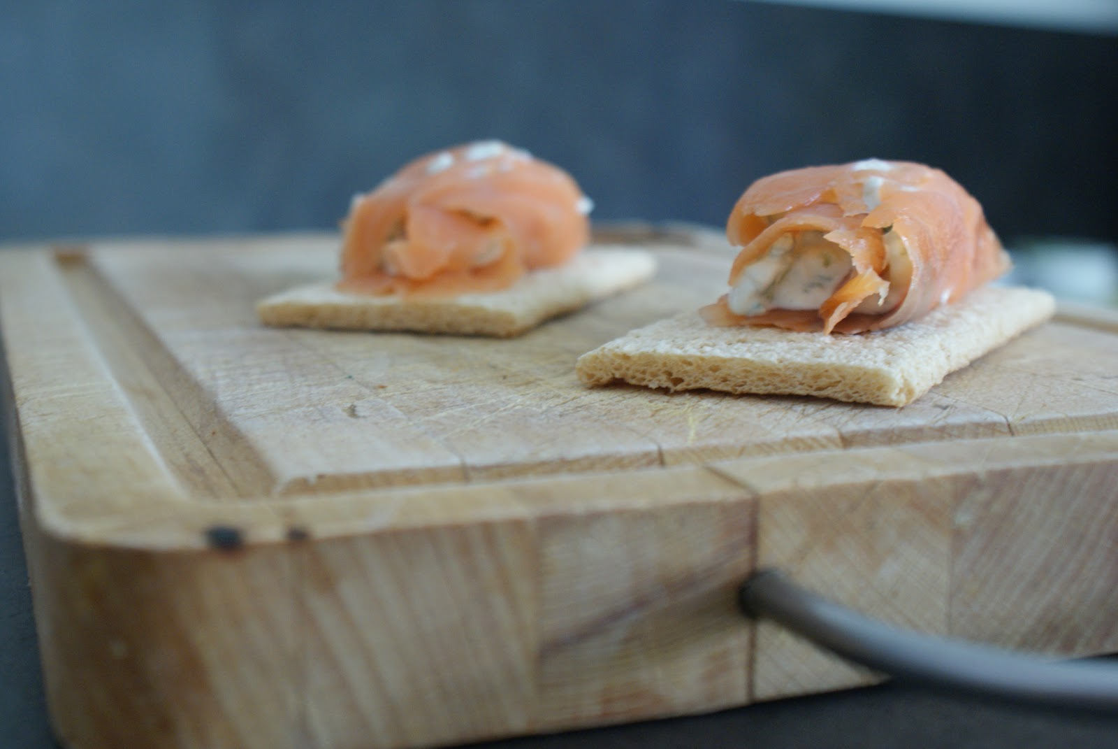 Pomme and co canap s d 39 t au saumon fum 130 kcal for Canape au saumon