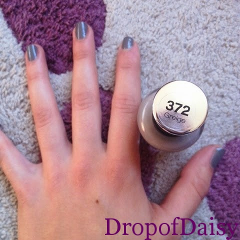 sally hansen greige 372 swatch