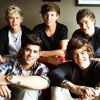One Direction – Kiss You Lyrics | Letras | Lirik | Tekst | Text | Testo | Paroles - Source: musicjuzz.blogspot.com