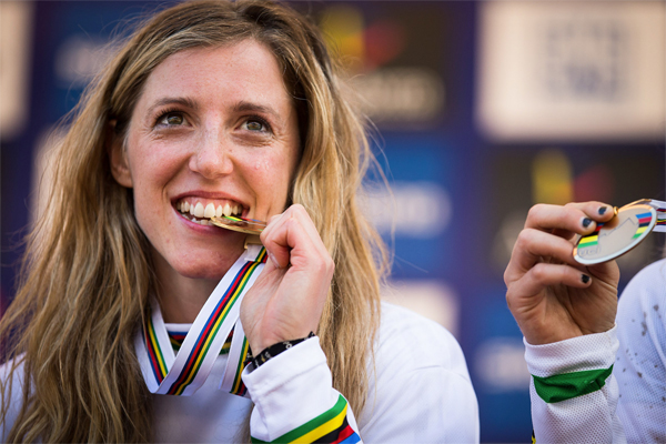 2015 Vallnord UCI World Championship Downhill: Highlights Rachel Atherton