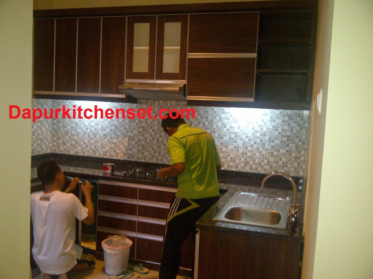 Kitchen set olympic terbaru for Kitchen set olympic harga