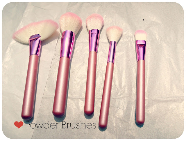 Best Powder Brushes For Makeup