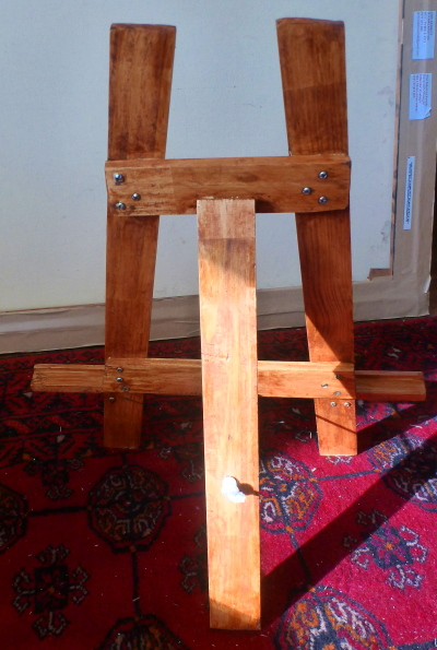Table easel made of recycled timber by artist Jane Bennett