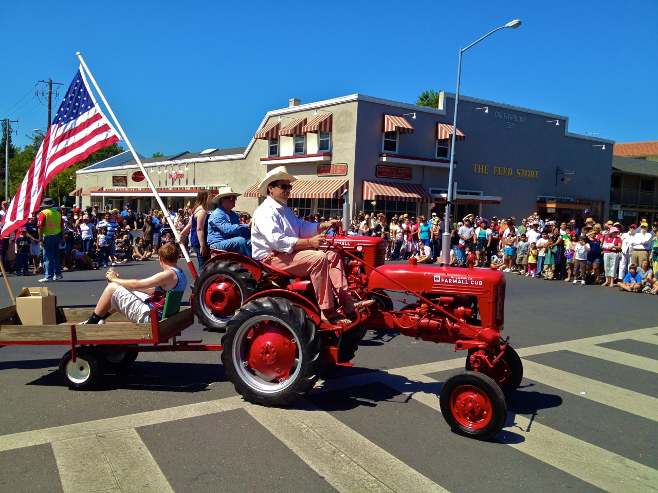 Sonoma A Mayberry For Everyone Mark Vogler Farmall Cub Wiring Harness Routing Cant Have Small Town Parade Without Tractors