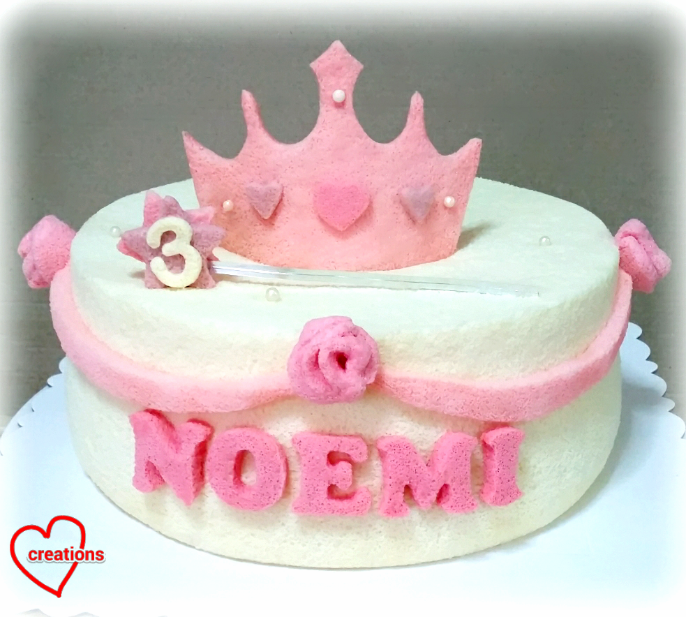 Loving Creations for You: Princess Crown Chiffon Cake