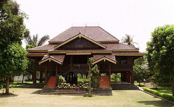 Download this Barat Rumah Melayu Selaso Jatuh Kembar Kepulauan Riau Limas Palembang picture
