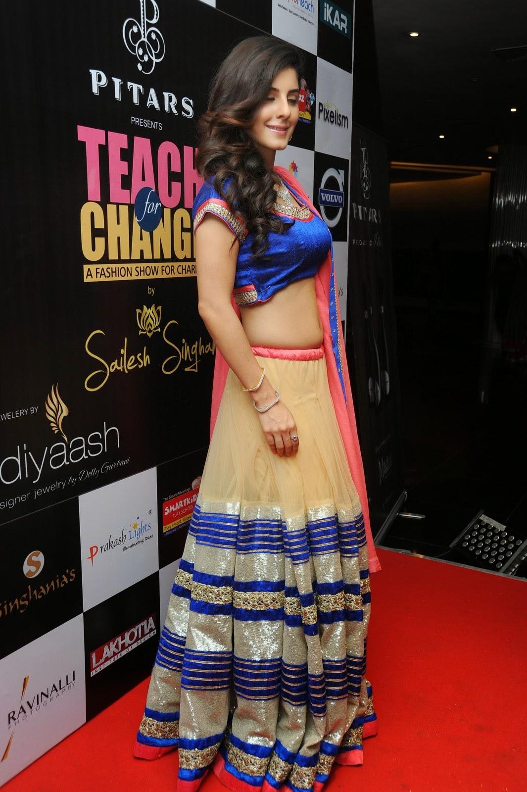 Isha talwar latest glam pics-HQ-Photo-8