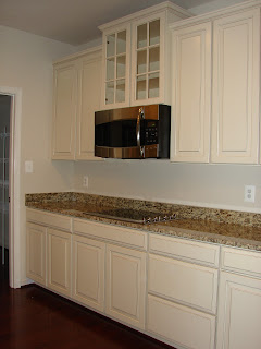 Building a ryan home avalon for Avalon kitchen cabinets