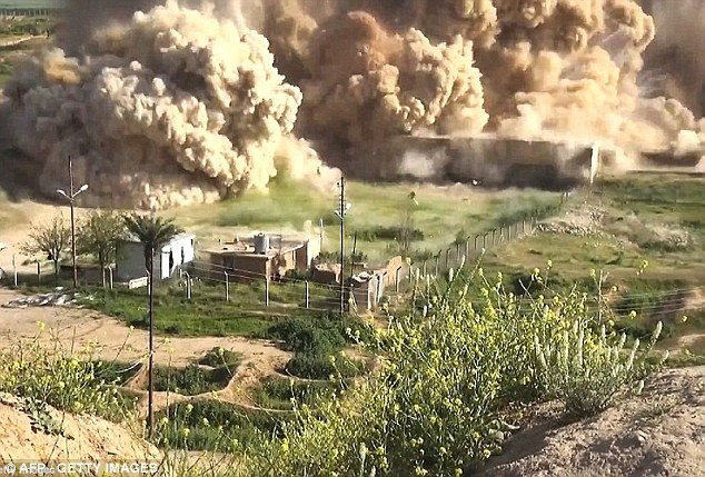 ISIS destroy temple in Palmyra – Before and After Pics and Video