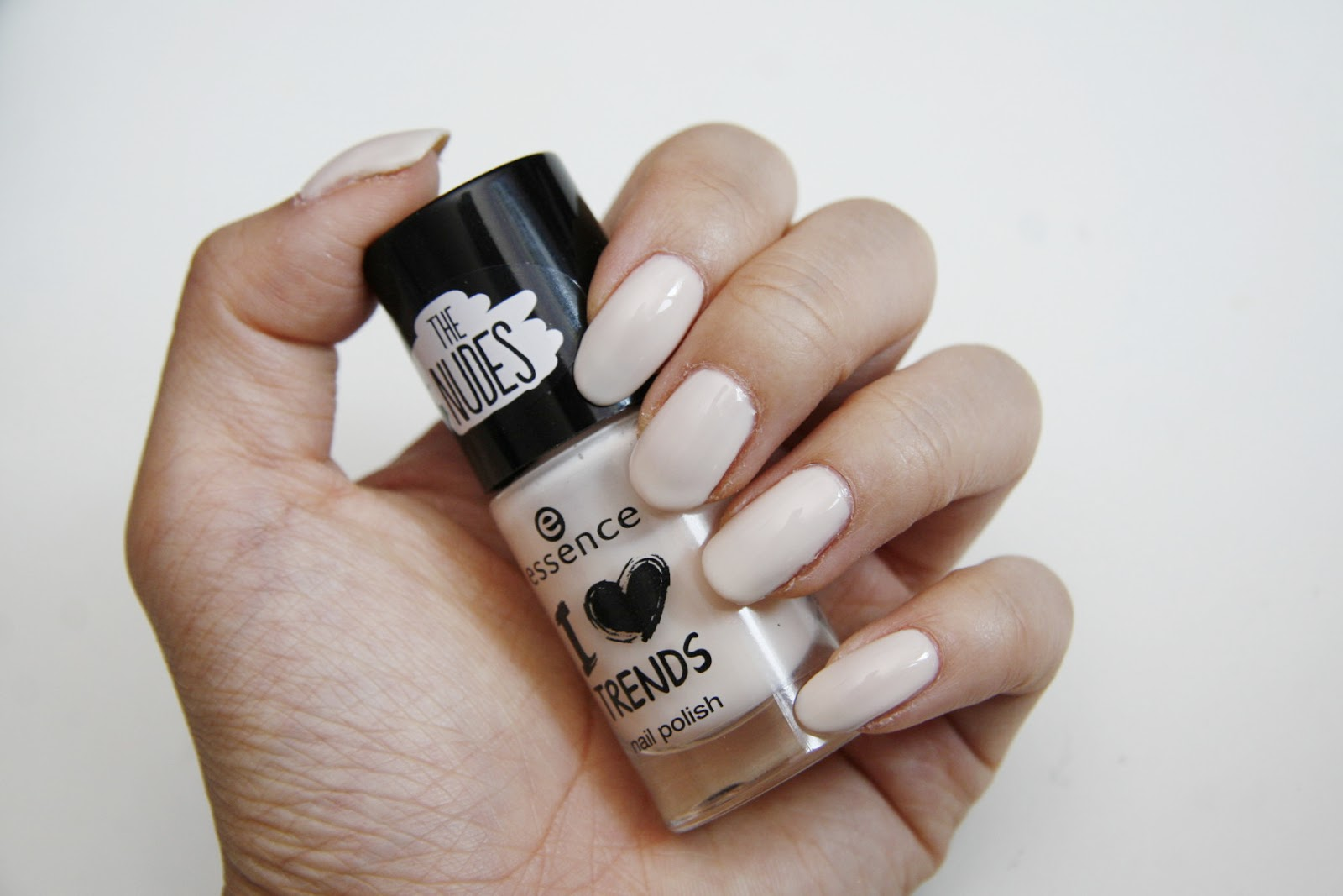 fun size beauty: essence - The Nudes // I Love Trends Nail Polish ...
