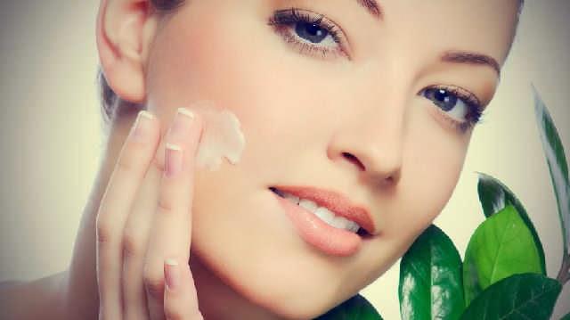 Inilah 3 Tips Perawatan Wajah berjerawat