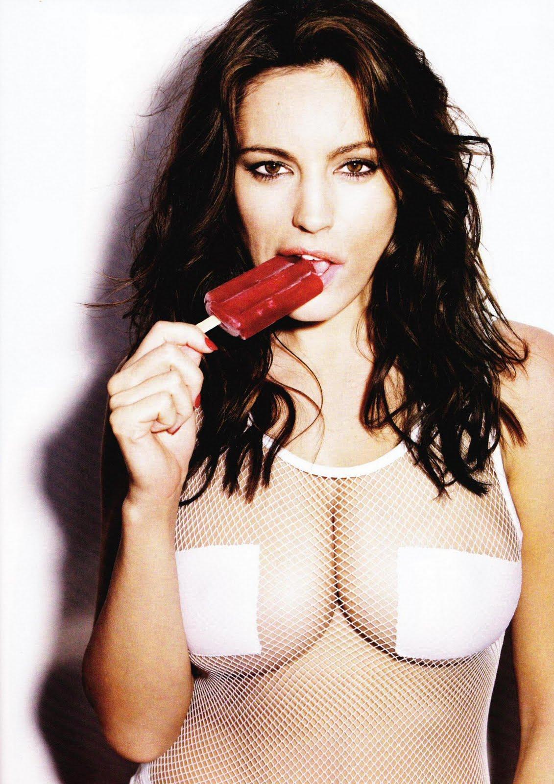 Kelly Brook hot english model sexy body photo%252B%252525281%25252529 nude fuck lesbian cock girls