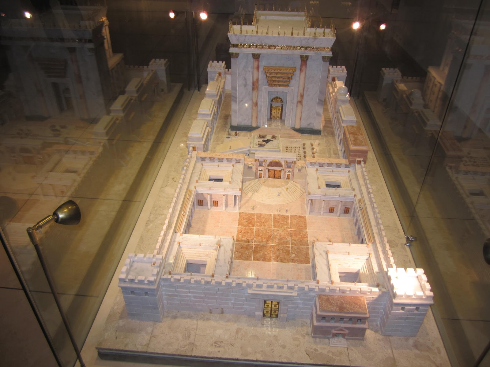 Model of the second temple at an exhibit of third temple vessels in