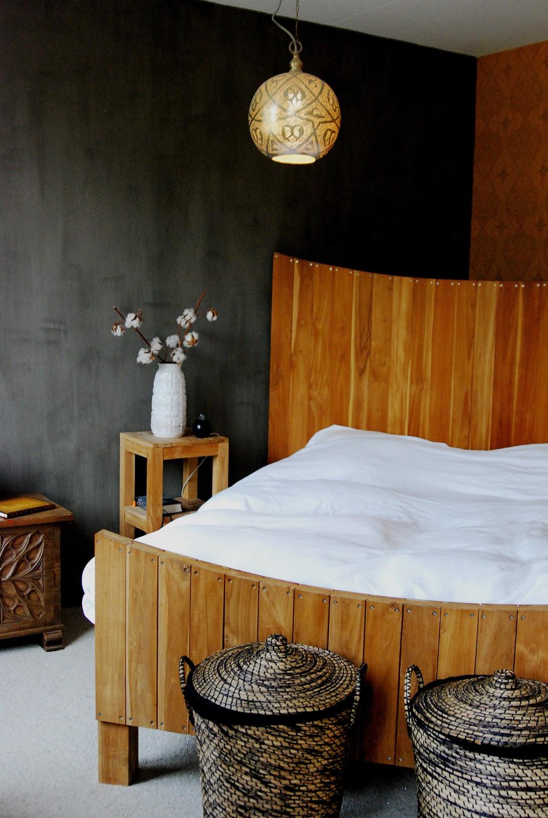 Hoofdeinde bed versterken stap voor stap - Foto deco volwassen kamer ...