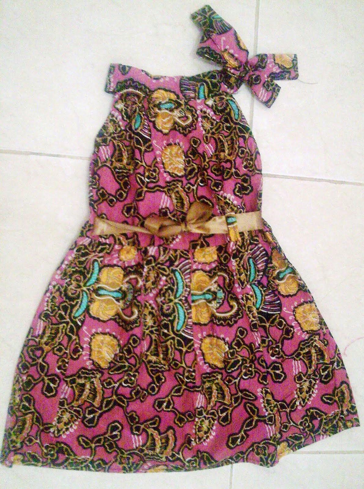 Foto Baju Batik Anak Bali