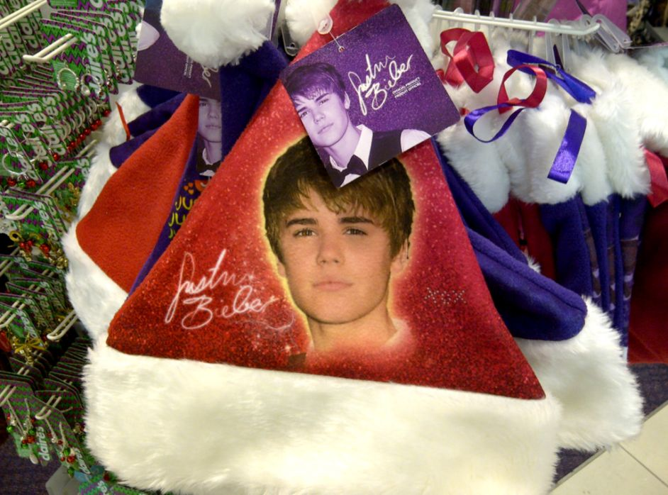 Justin Bieber On Christmas Santa Cap Wallpaper | Best Image Background
