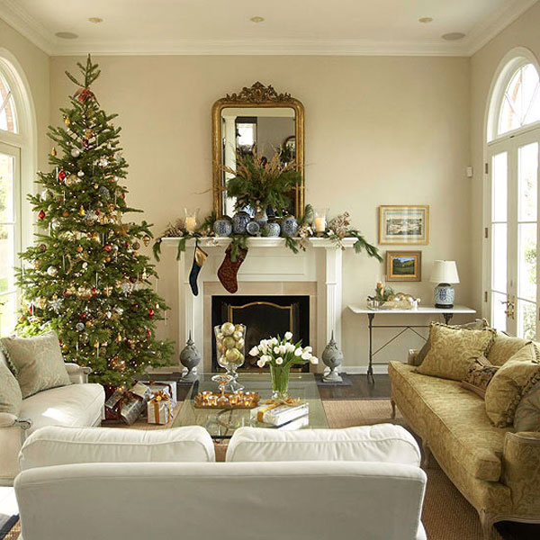 Home decoration design christmas decorations ideas for Christmas living room ideas