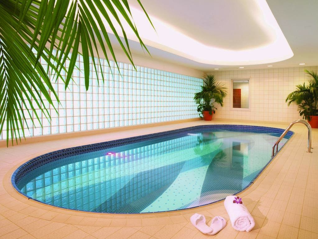 Picture of Hotels with Indoor Swimming Pool in Dubai for Your Home