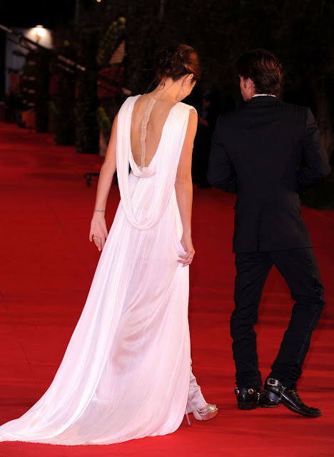 Nikki+Reed+ white+dress+ +Breaking+Dawn+Premiere+in+Rome