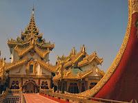 Karaweik, Rangoon