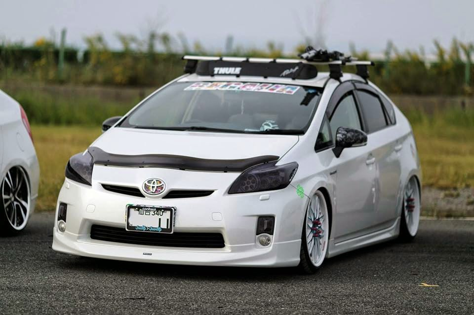Modified Cars: Modified Toyota Prius Car