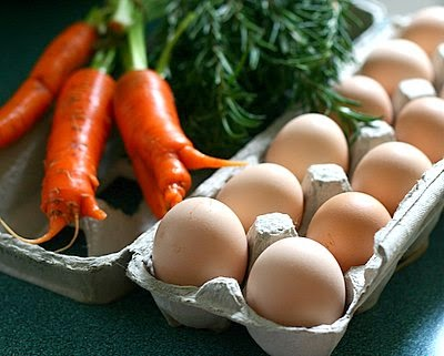 Eggs, carrots and fresh herbs, a gift from Farmgirl.