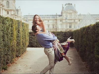 fotos de enamorados alegremente