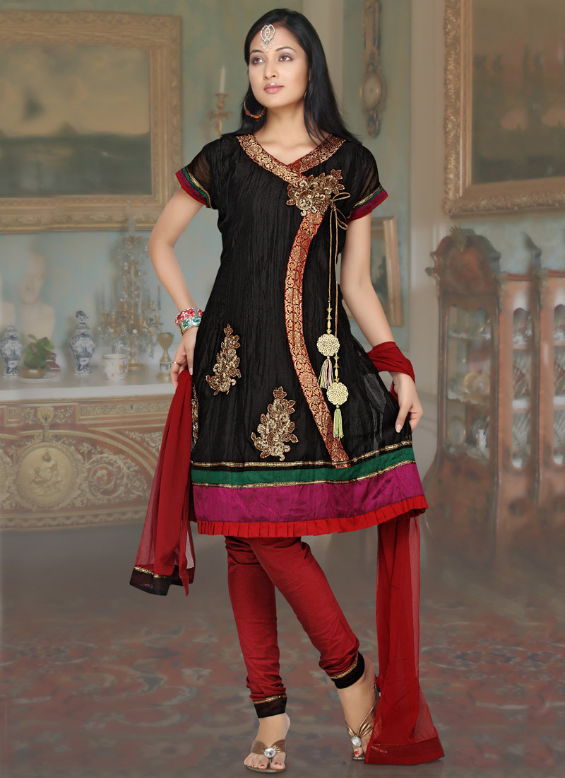 Latest Frock Suits http://latestindiandesign.blogspot.com/2011/02/frock-suit.html
