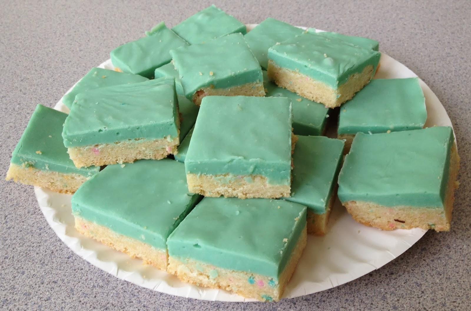 the knitlit twit: Cubicle kitchen: Cotton Candy Cookie Fudge Bars