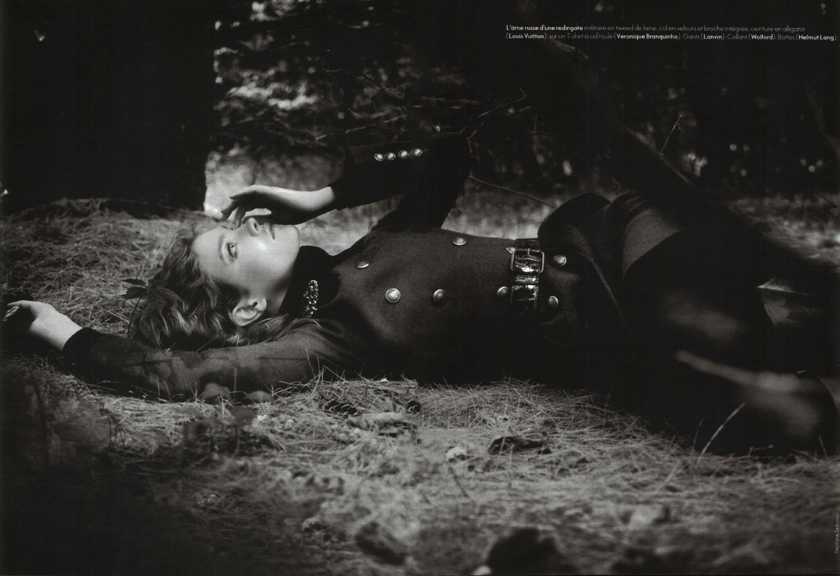 Natalia Vodianova in La Nouvelle Amazon | Elle France Special Mode 2004 (photography: Stephane Sednaoui)