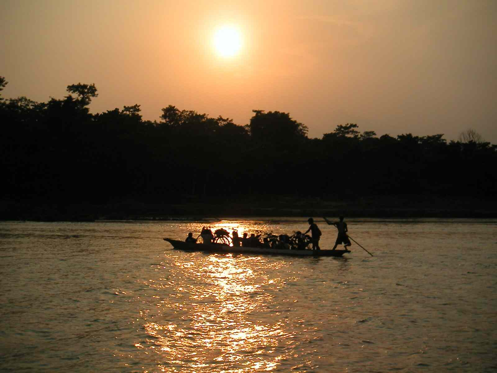 Chitwan Nepal  city pictures gallery : boating chitwan lodge @ chitwan nepal