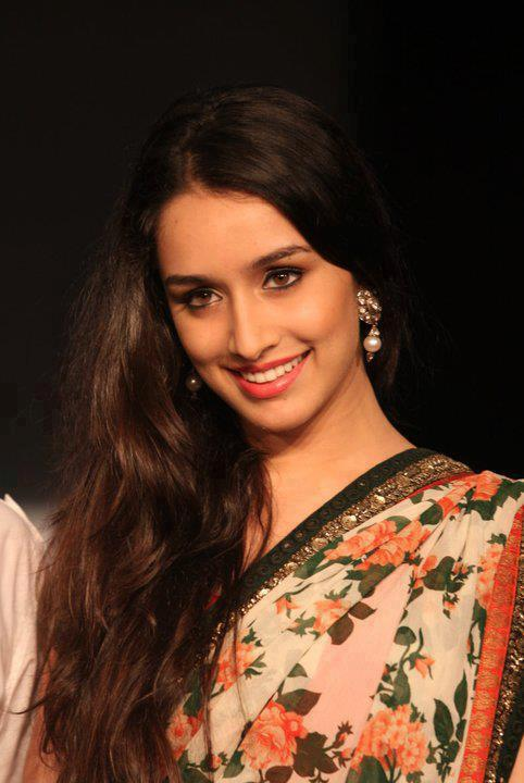 Shraddha Kapoor Wallpapers And Soo Beauti New Look