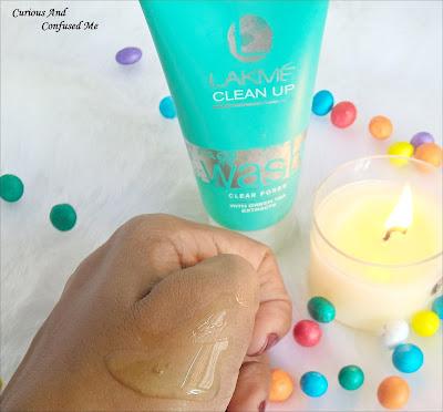 Facewash for oilyskin in India