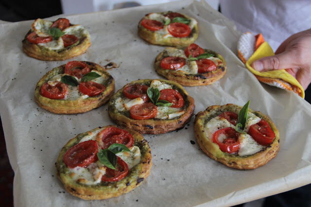 Pizette pistou-tomate-mozza