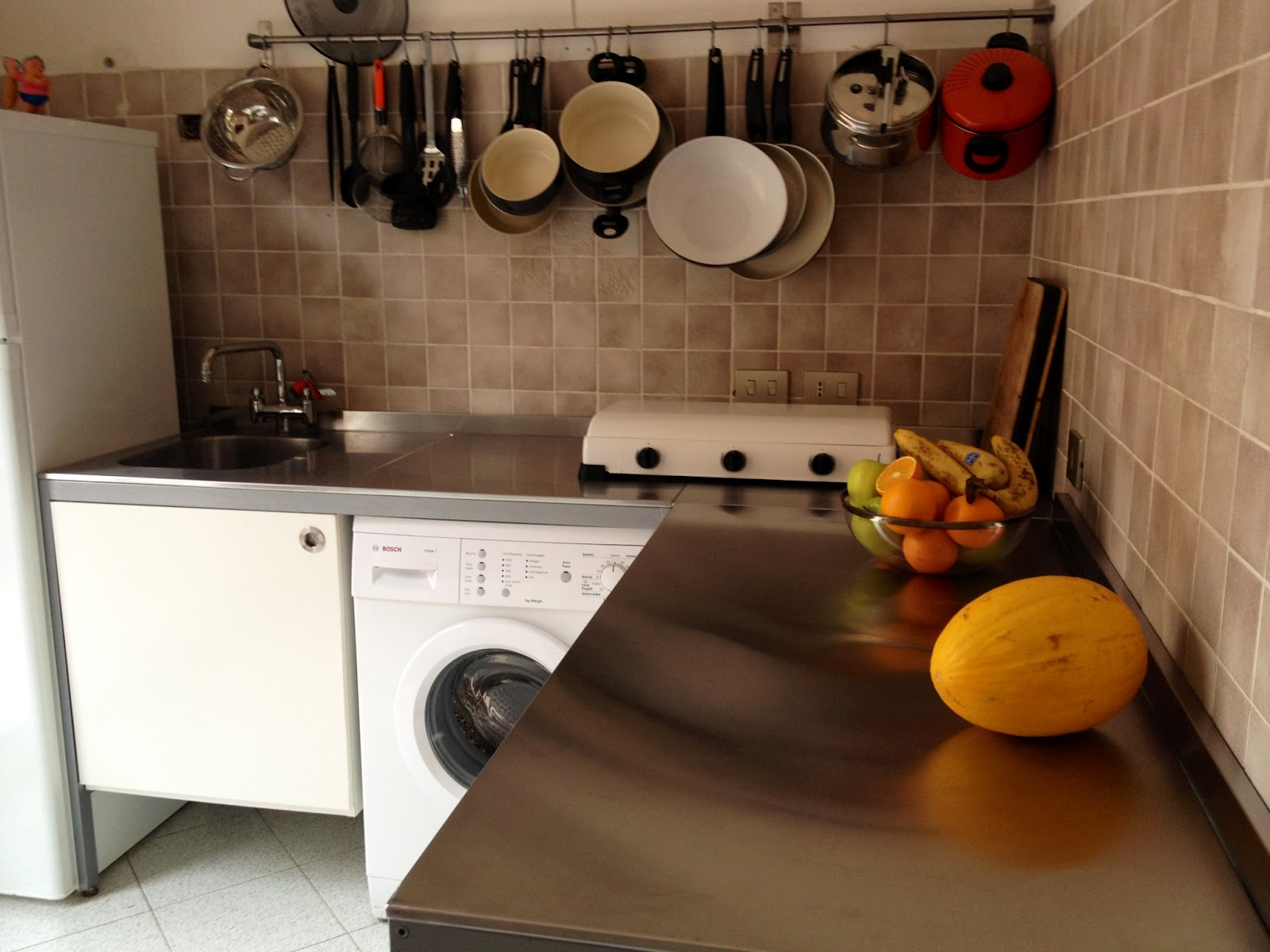 Blanca e fulvio traslocano cucina completa - Cucina completa ikea ...