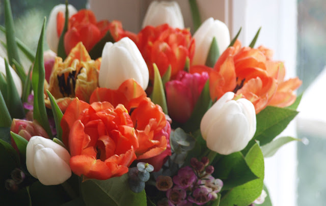 Buket med orange tulipaner