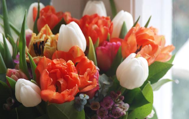 Buket med orange tulipaner